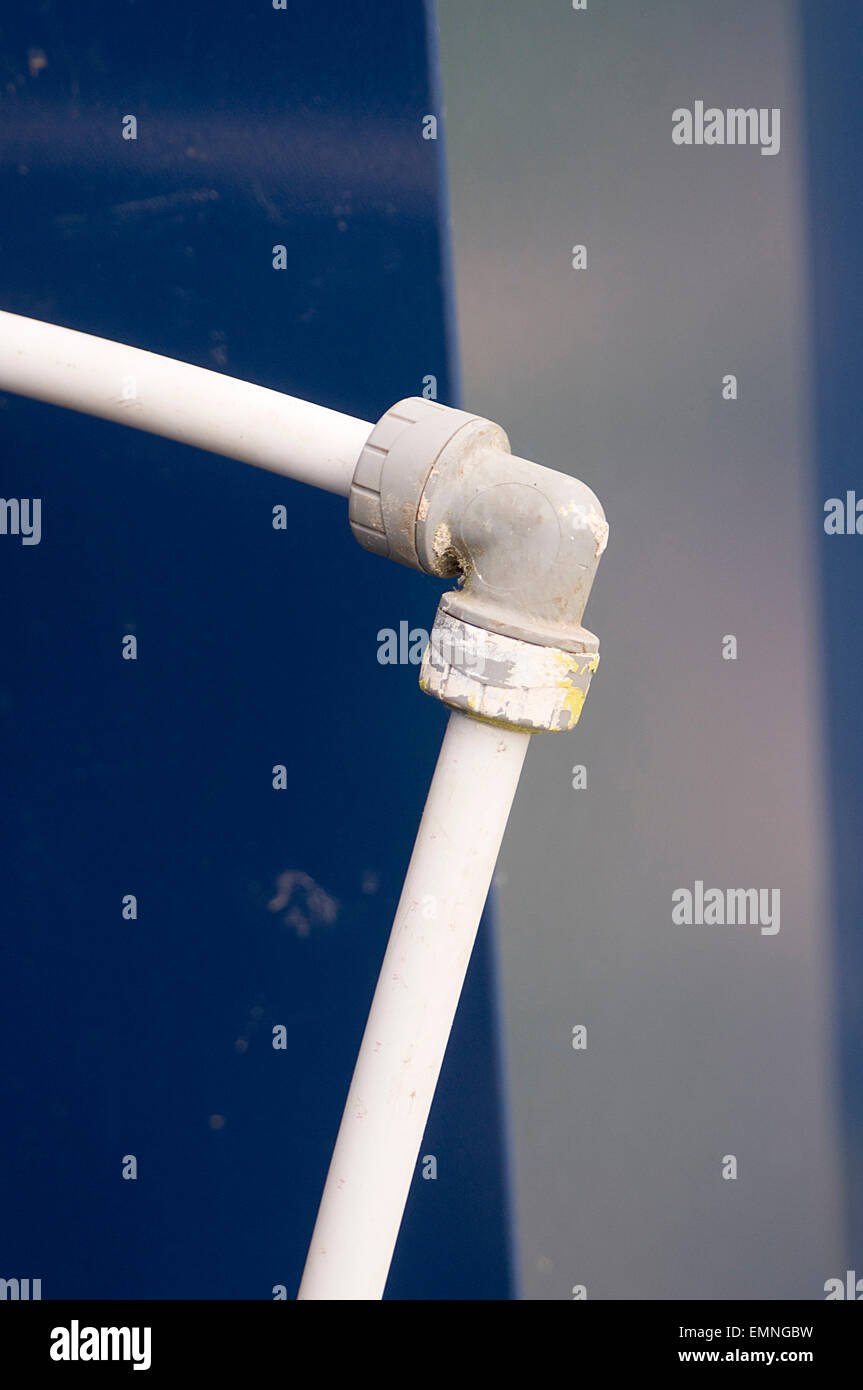 push fit fitting water pipe pipes right angled join joint joints joined pushfit to press fittings waterpipe waterpipes - Stock Image