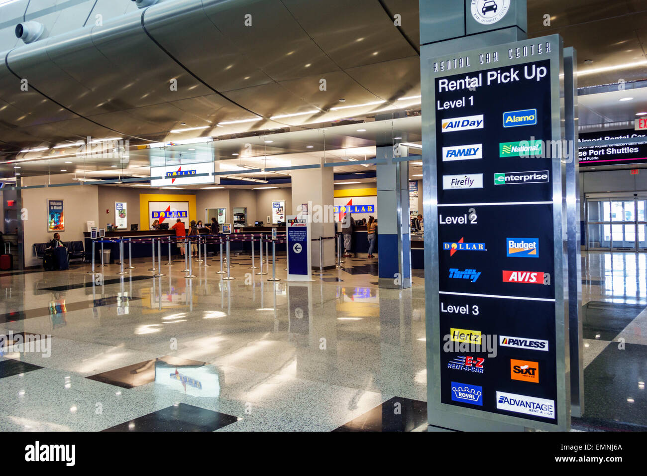 miamimiami florida international airport mia rental car center centre stock photo 81609874 alamy. Black Bedroom Furniture Sets. Home Design Ideas