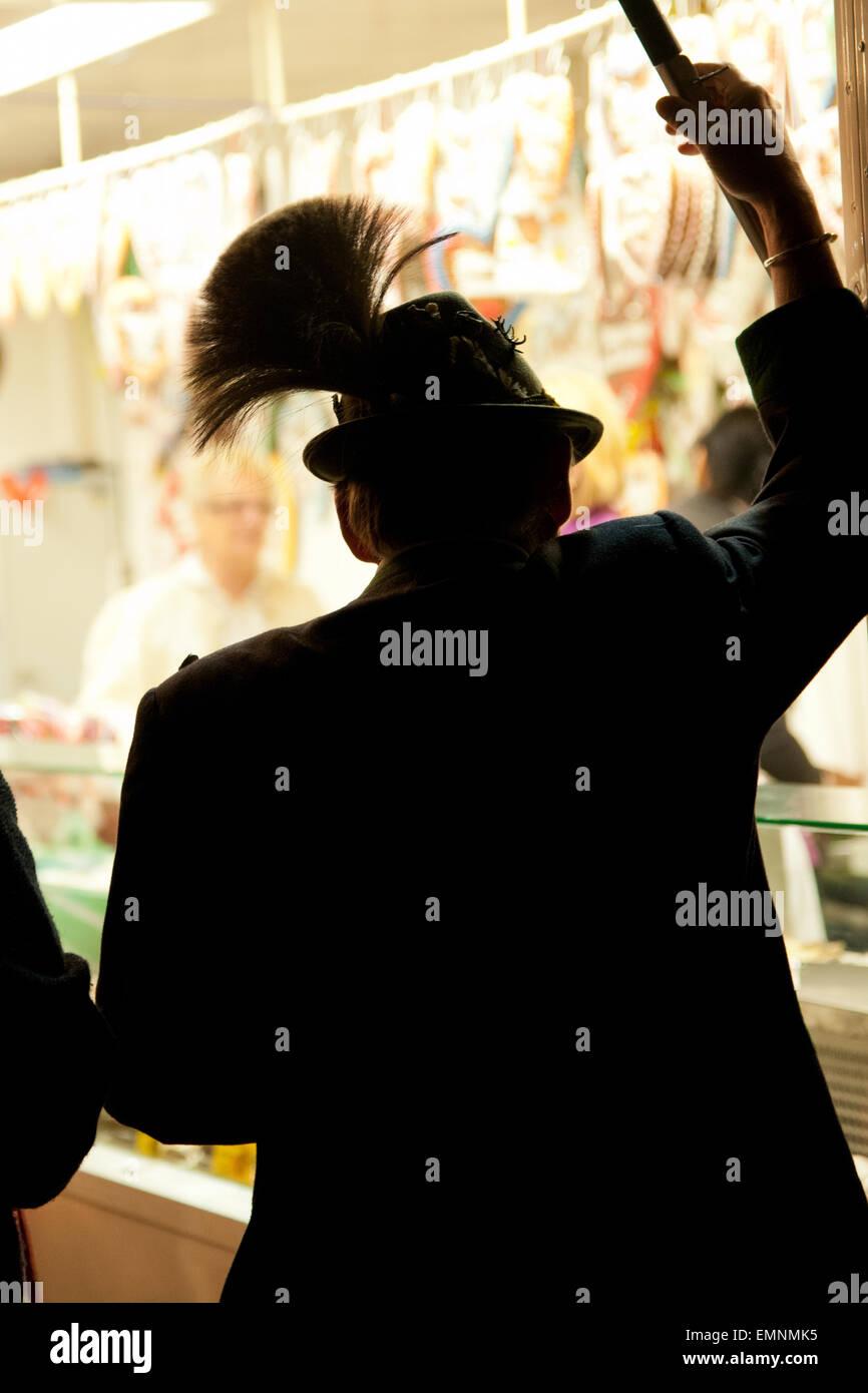 Mann Mit Hut Und Gamsbart Beim Altausseer Kirtag Altaussee Stock
