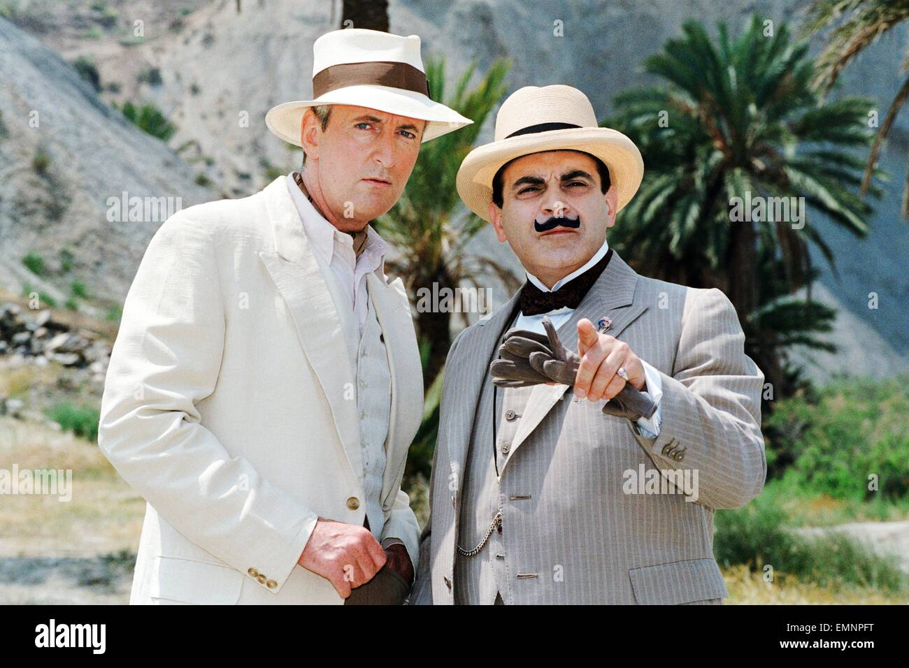 David Suchet as the famous Belgian detective Hercules Poirot (right) with Hugh Fraser who plays Captain Hastings - Stock Image