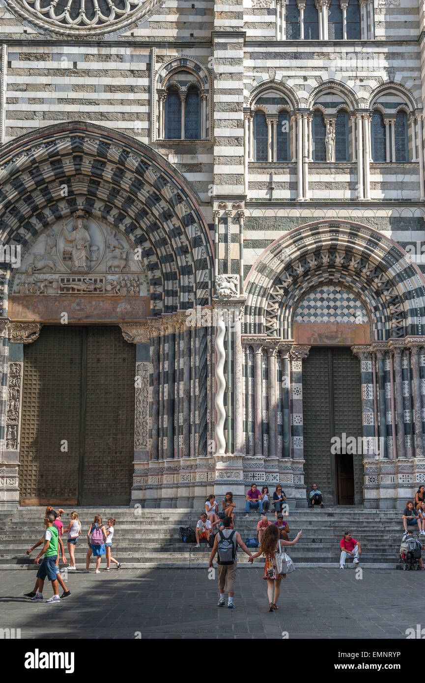 Genoa cathedral, the striking black and white decoration of the entrance to the Cattedrale di San Lorenzo in Genova, - Stock Image