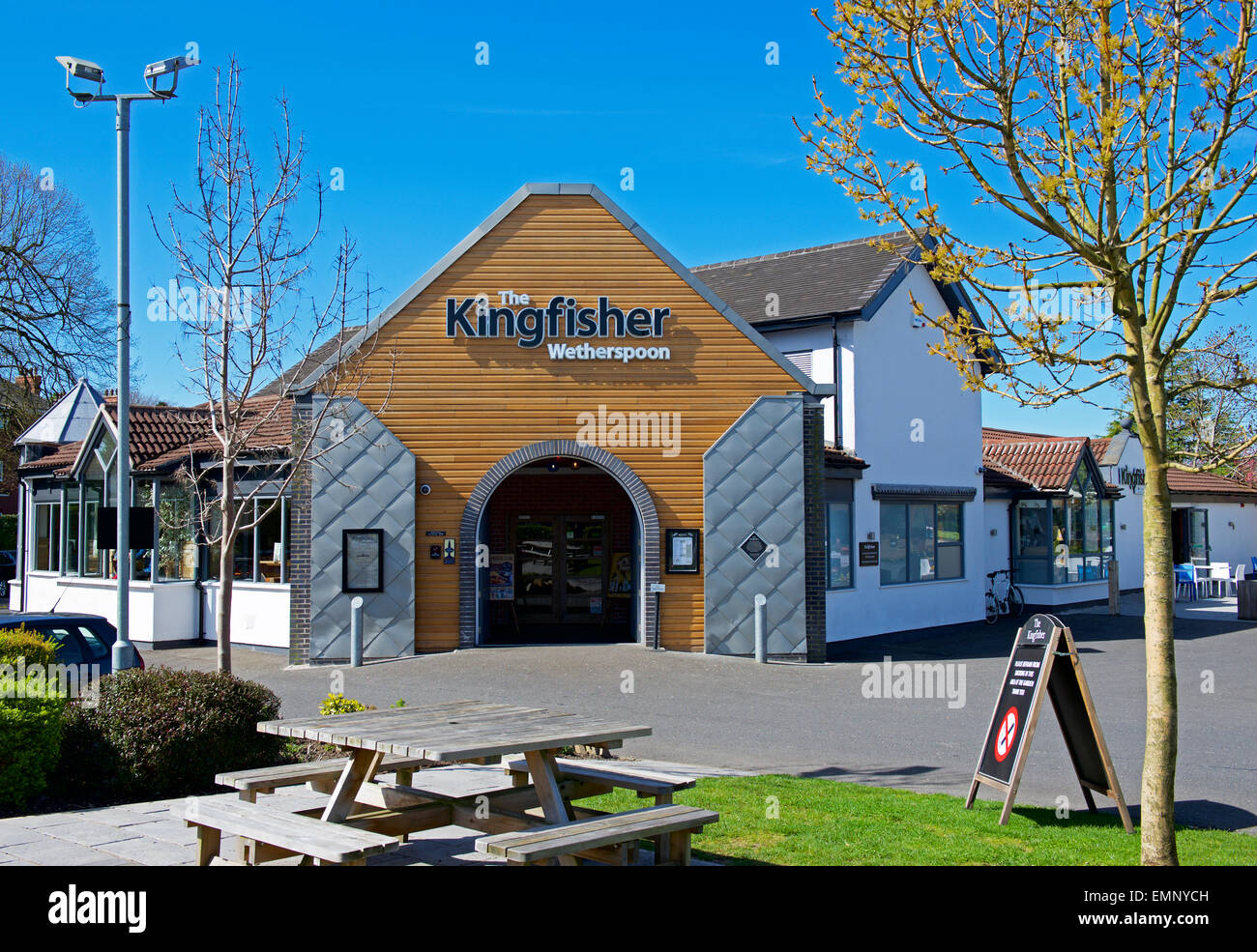 The Kingfisher, a Wetherspoon pub, in Poynton, Cheshire, England UK - Stock Image