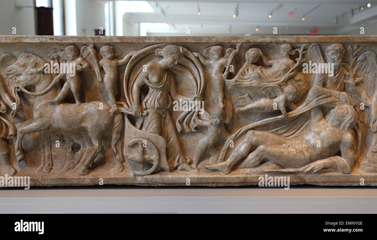 Sarcophagus. Myth of Endymion. Roman. 2nd c.AD. Selene, alights from her chariot to visit her reclining lover. - Stock Image