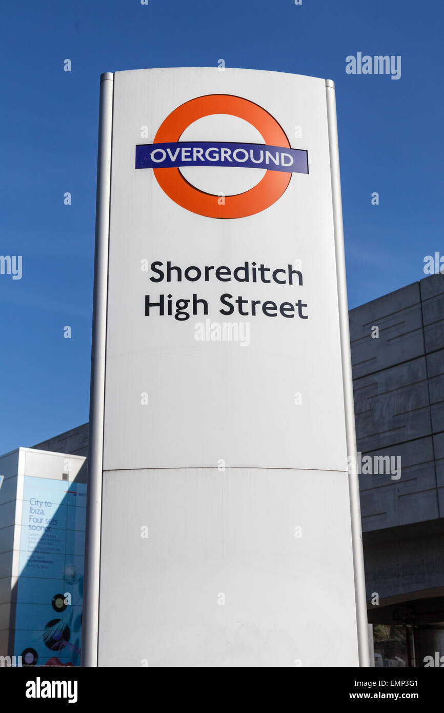 Shoreditch High Street: Overground Roundel For Shoreditch High Street Stock Photo