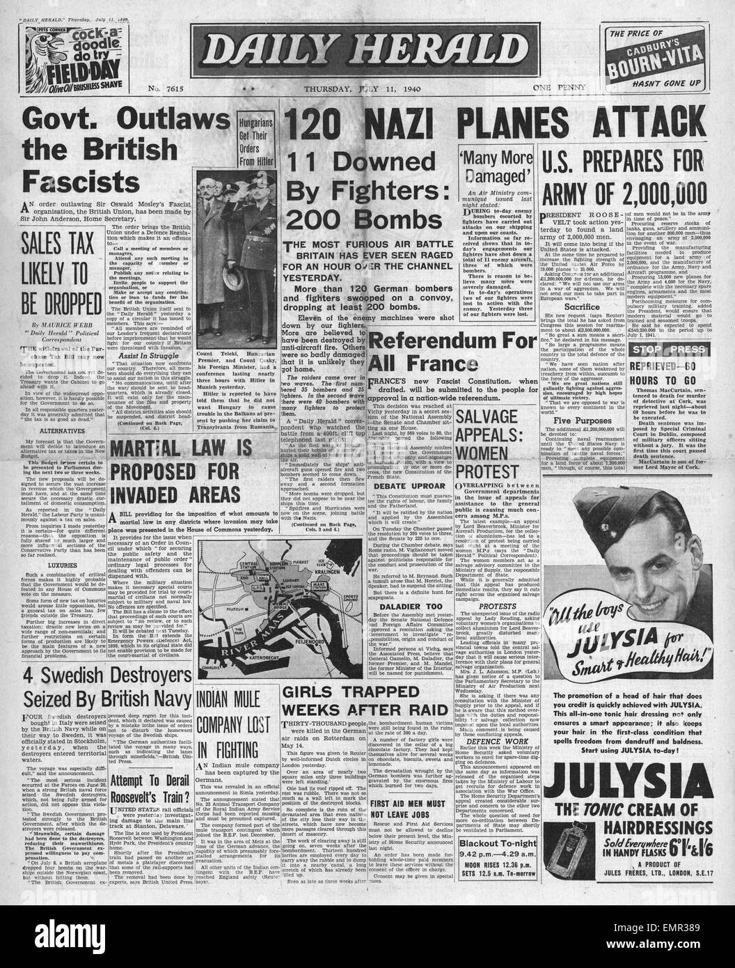 1940 front page  Daily Herald Battle of Britain Begins Stock Photo