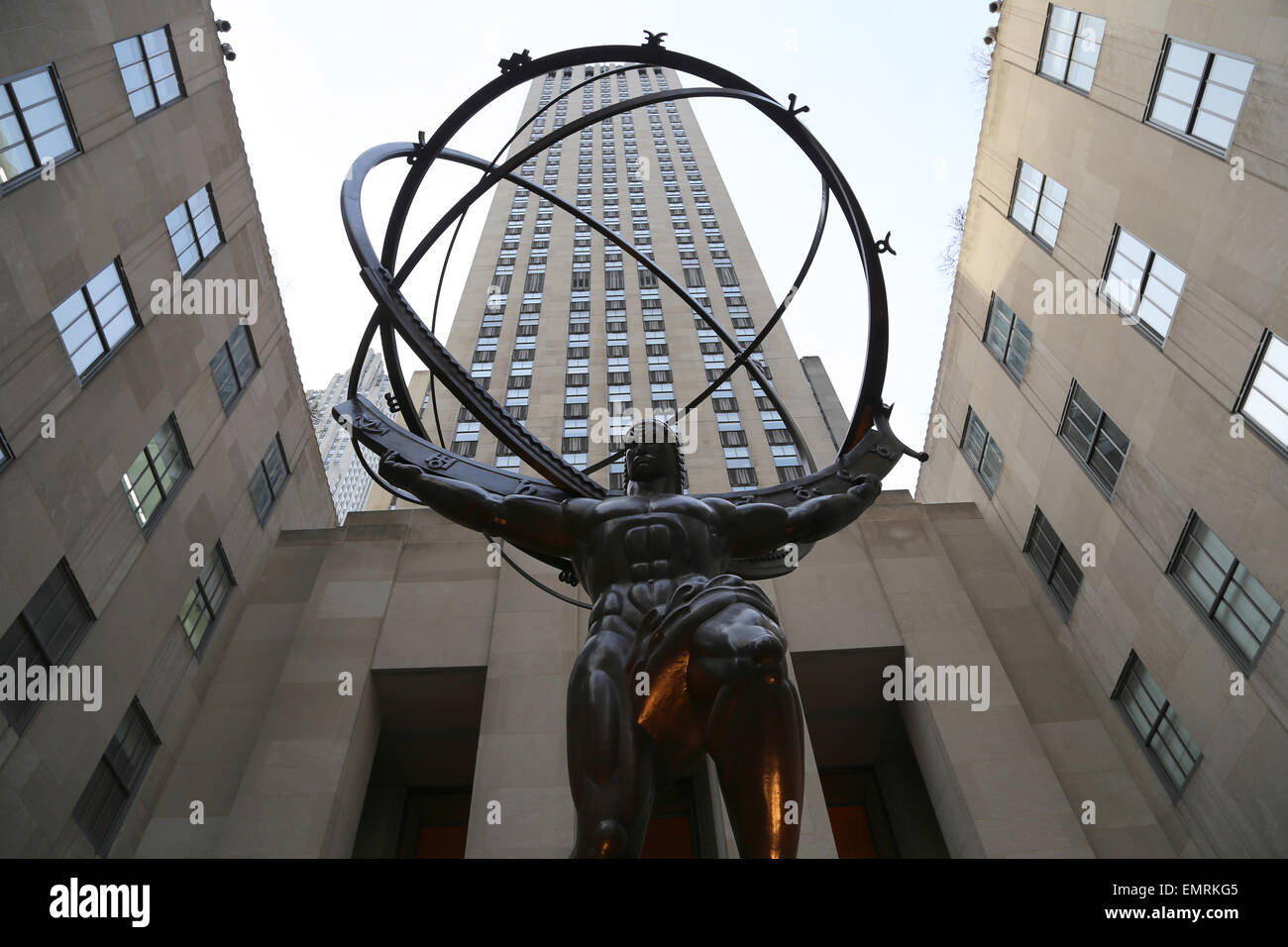 USA. New York City. Statue of Titan Atlas, by Lee Lawrie, 1937. Art ...