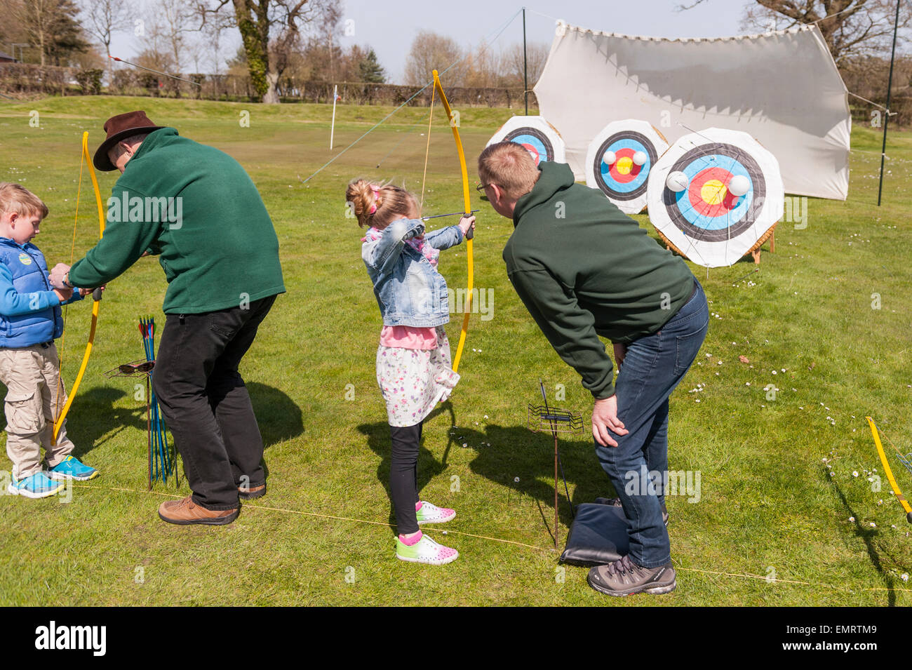 Archery tuition at Framlingham Country Show in Framlingham , Suffolk , England , Britain , Uk - Stock Image
