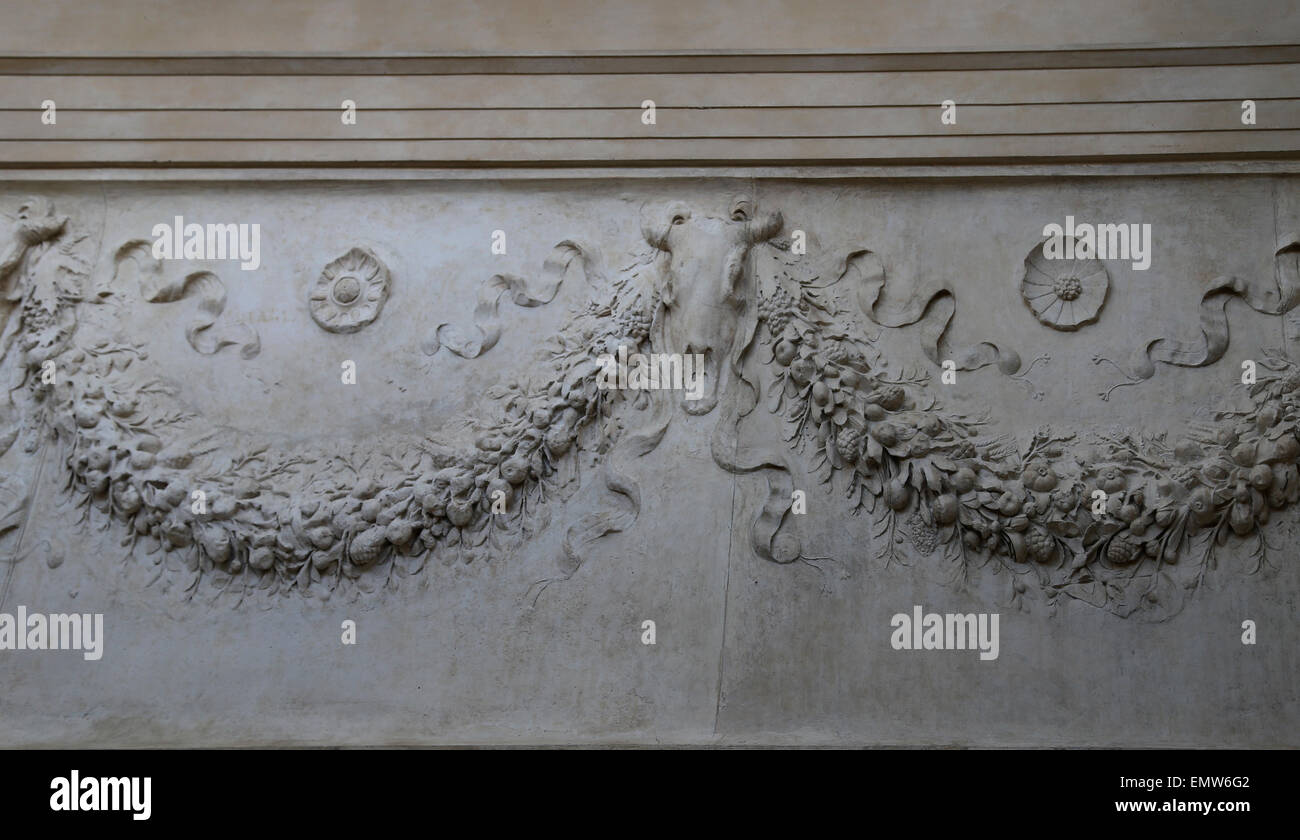 Italy. Rome. Ara Pacis Augustae. Altar dedicated to Pax, the Roman goddess of Peace. 13-9 BC. Garland and brucania. - Stock Image