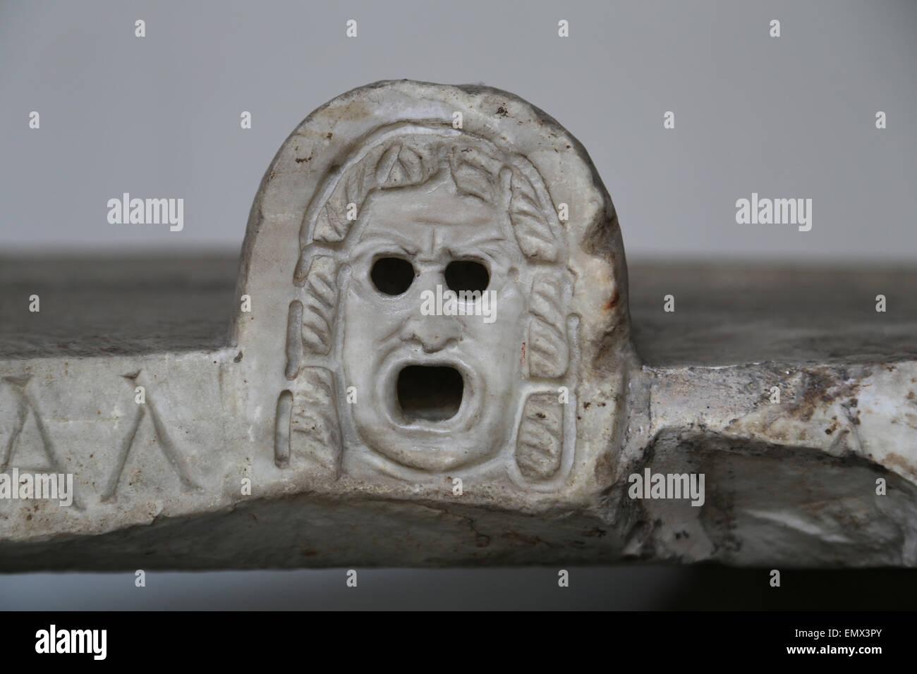 Roman art. Theatrical mask. Sarcophagus. Detail. Vatican Museum. Vatican city. - Stock Image