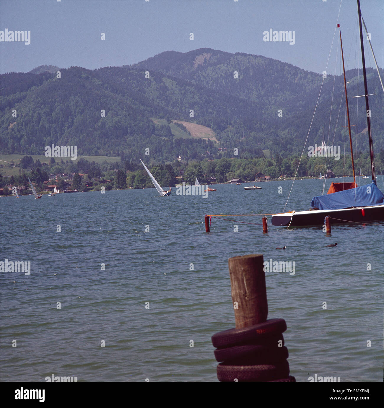Deutschland, Tegernsee, Segelboote auf dem Tegernsee Stock Photo