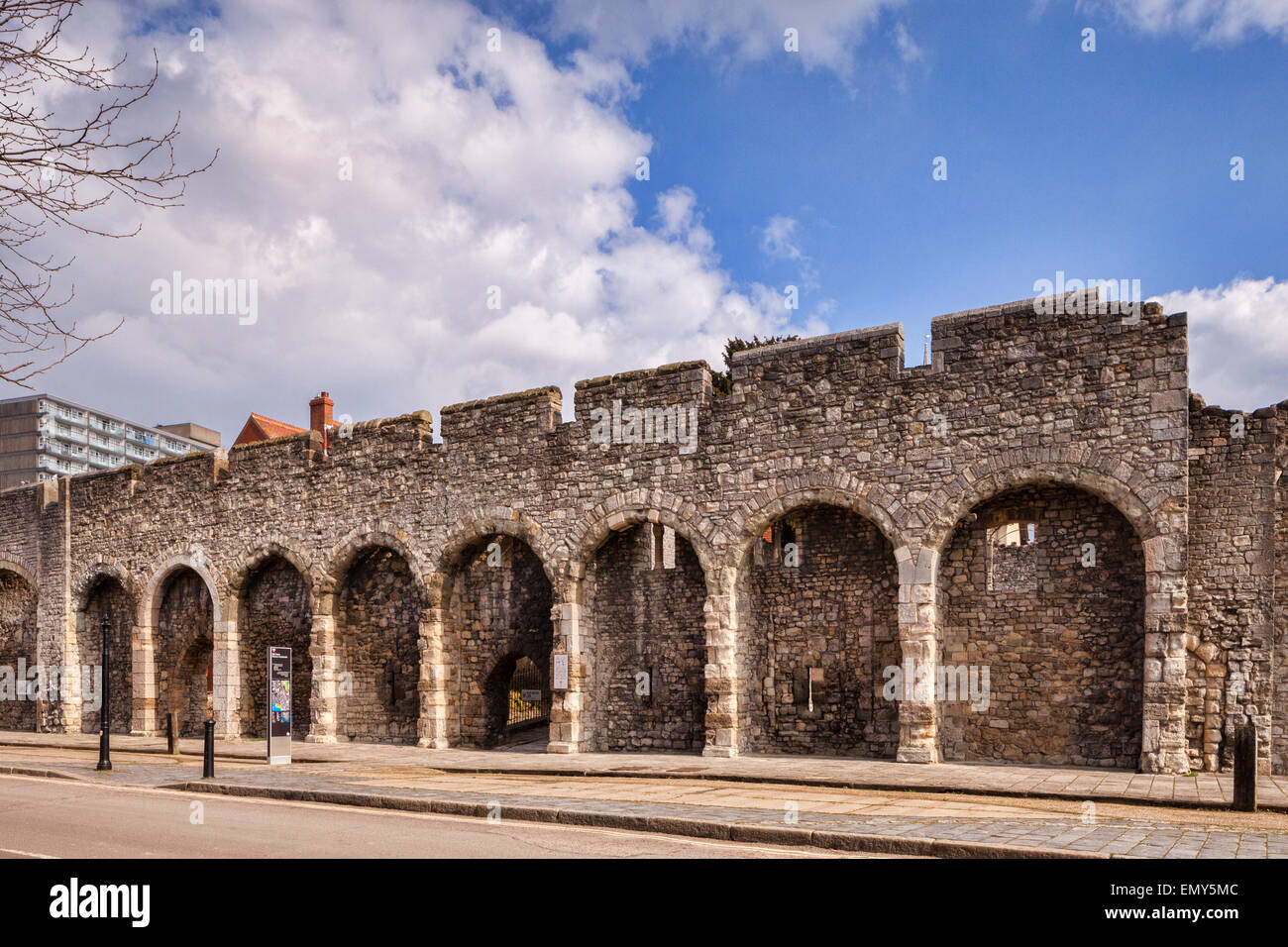 A section of the old city walls of the city of Southampton, Hampshire, England. - Stock Image