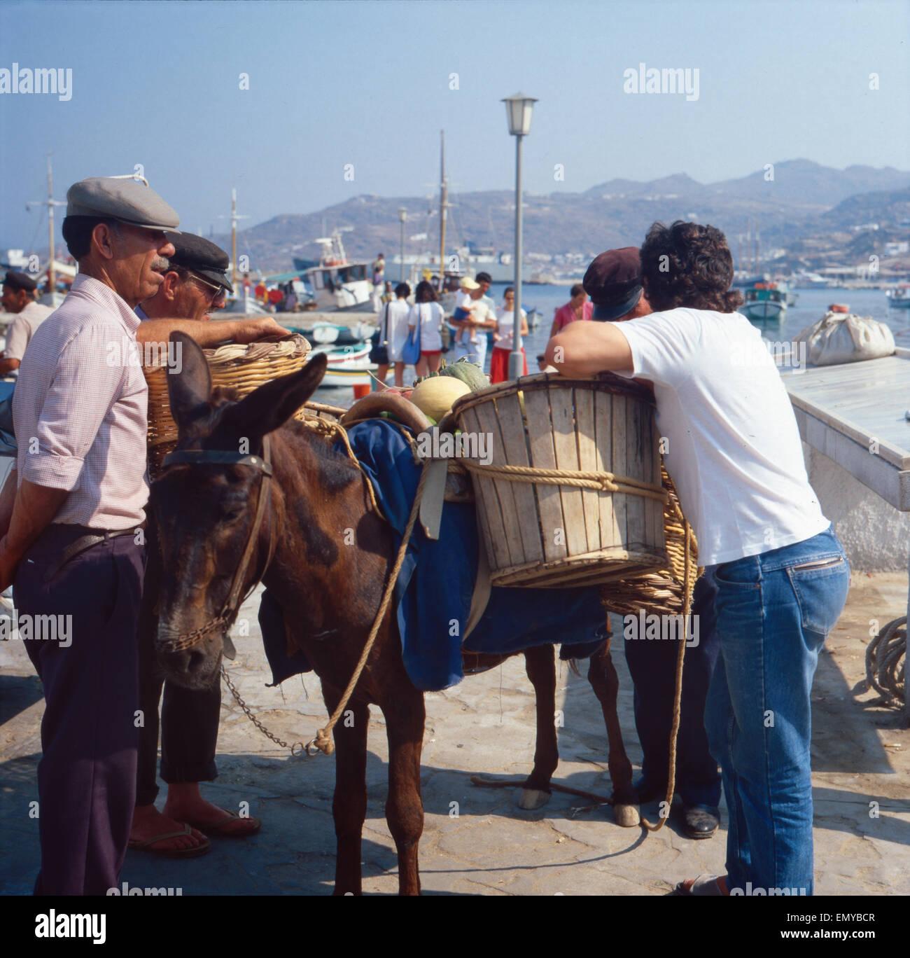 Eine Reise nach Mykonos, Griechenland 1980er Jahre. Trip to Mykonos, Greece 1980s. - Stock Image