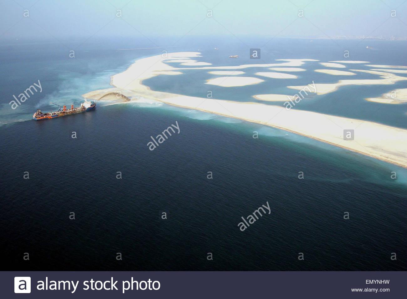 palm island dubai construction
