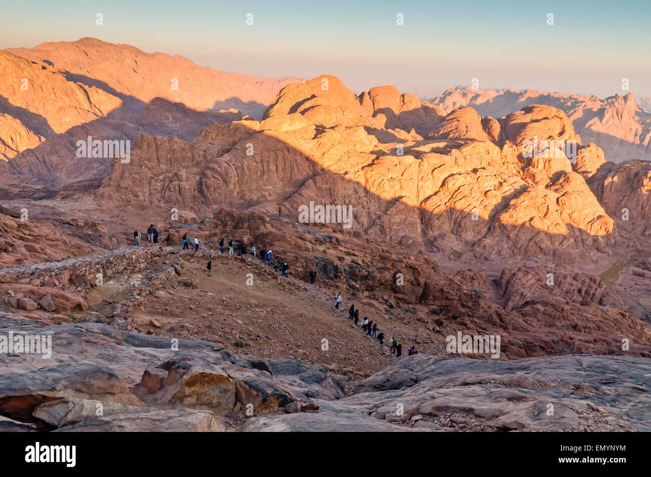 Pilgrims and tourists on the pathway from the Mount Sinai peak - Stock Image