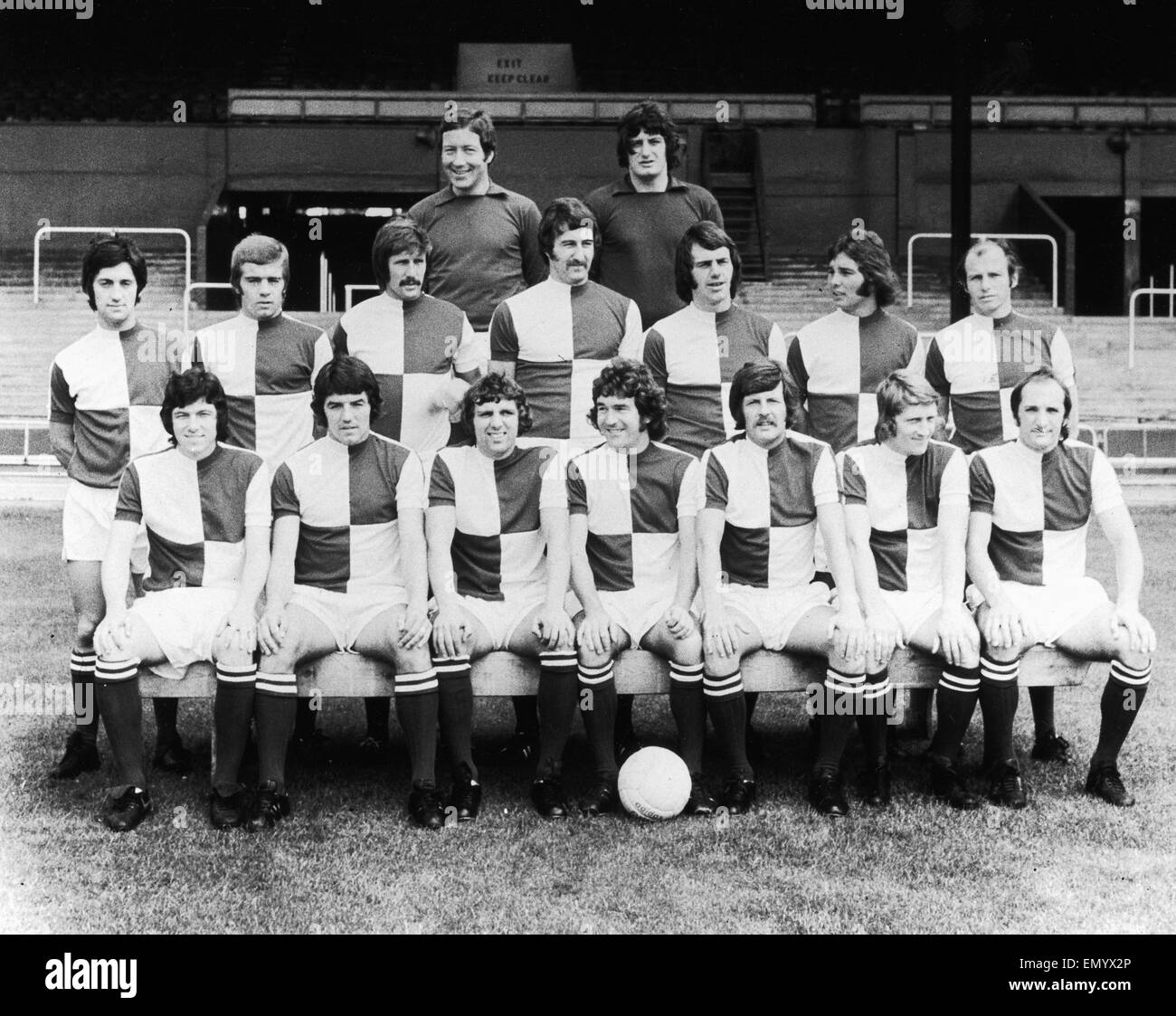 Bristol Rovers football team pose for a team group at their Eastville Stadium home. August 1973. - Stock Image