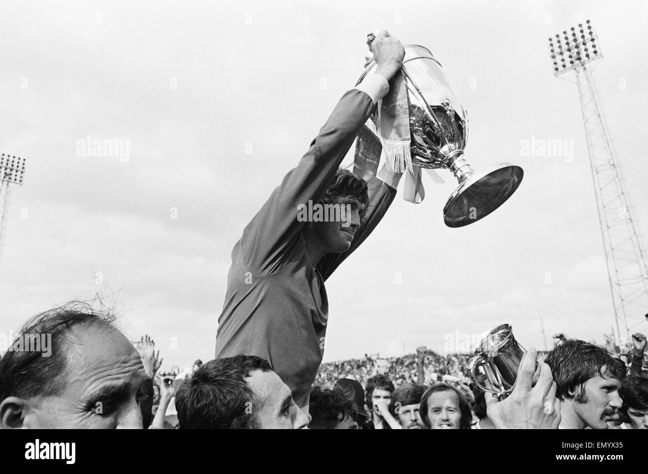 Watney Mann Cup match at the Eastville Stadium. Bristol Rovers v Sheffield United. Bristol Rovers captain Brian - Stock Image