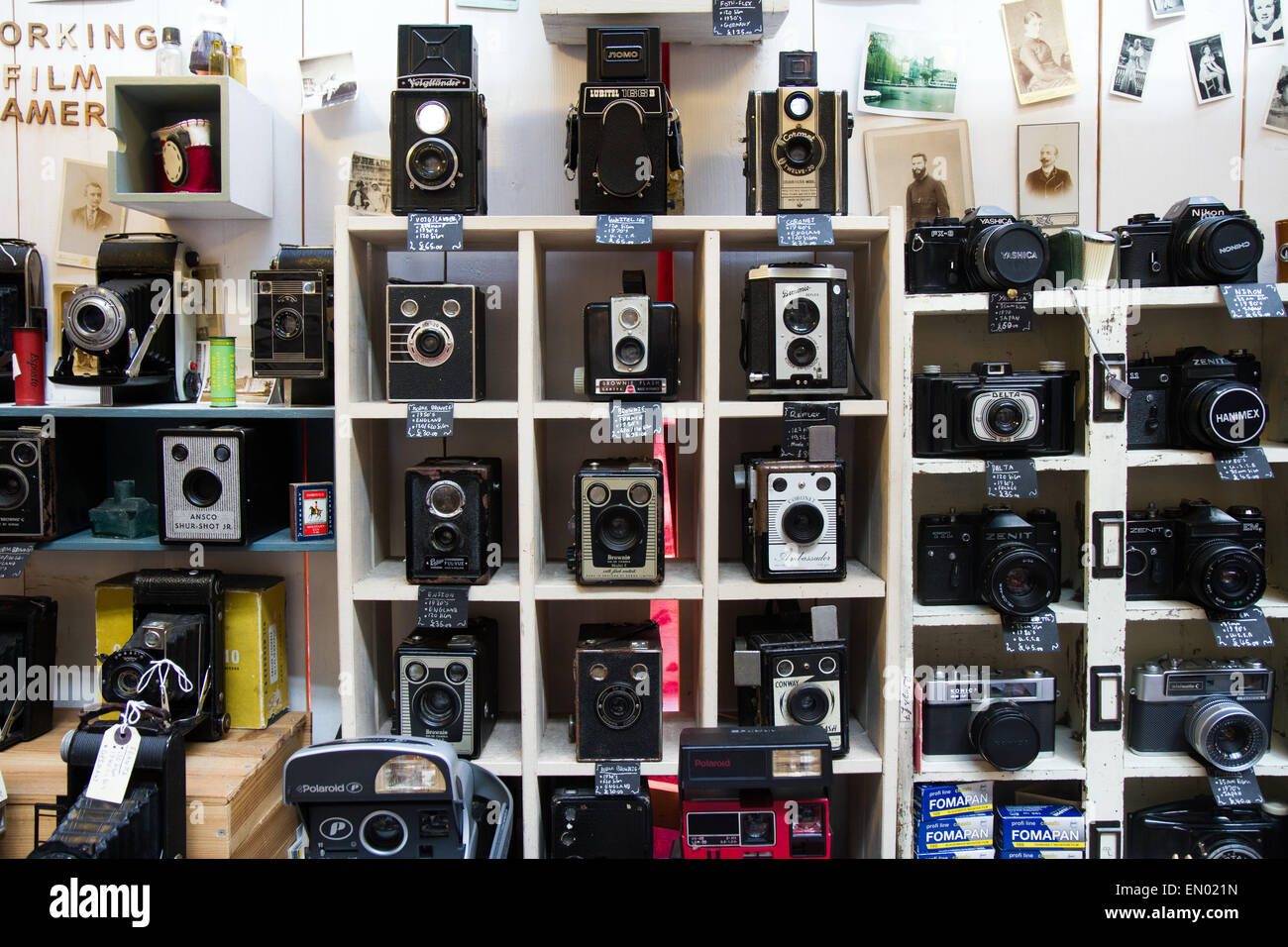 Second Hand Items For Sale In The Dry Bridge Bazaar Flea: Second-hand Cameras On Sale At Camden Market, London Stock