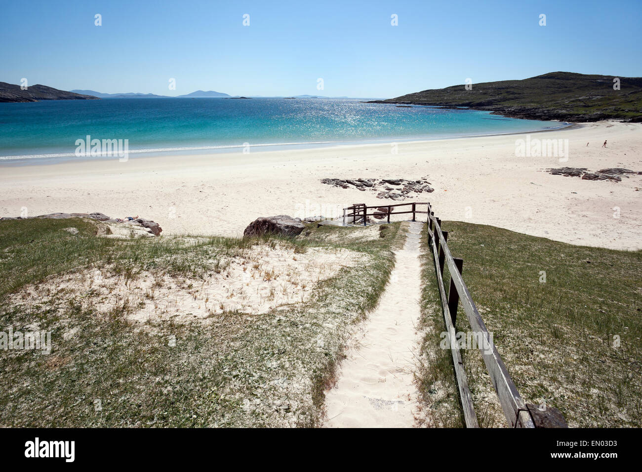High sun over Huishinish beach, Isle of Harris, Outer Hebrides - Stock Image