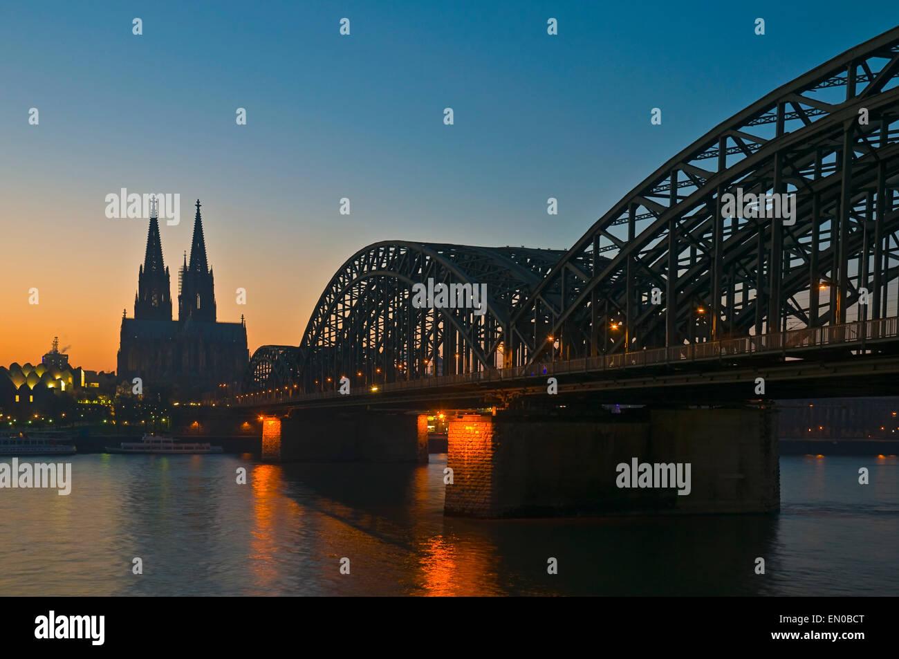 Cologne Dome, Hohenzollern Bridge at night, Northrhine-Westfalia, Germany, Europe - Stock Image