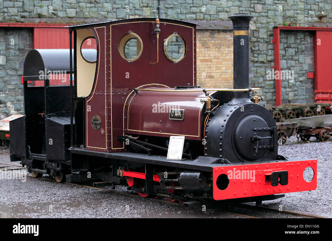 Recently restored Hunslett 0-4-0 narrow gauge steam locomotive Una on display at the National Slate Museum, Llanberis, - Stock Image