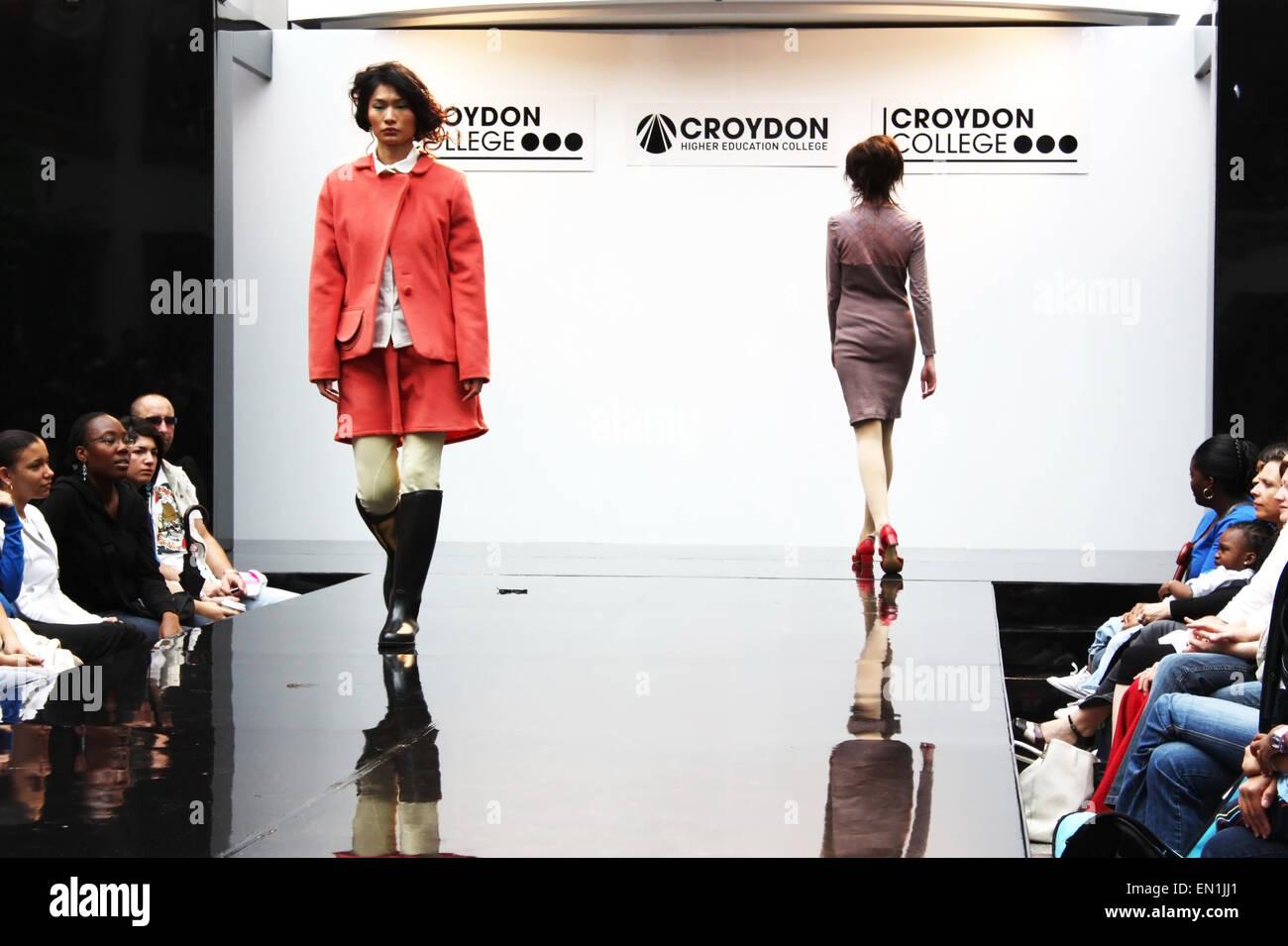 CROYDON, LONDON - JUNE 18 : Models in Fashion Festival on June 18, 2008 in Whitgift Shopping Centre, Croydon, England Stock Photo