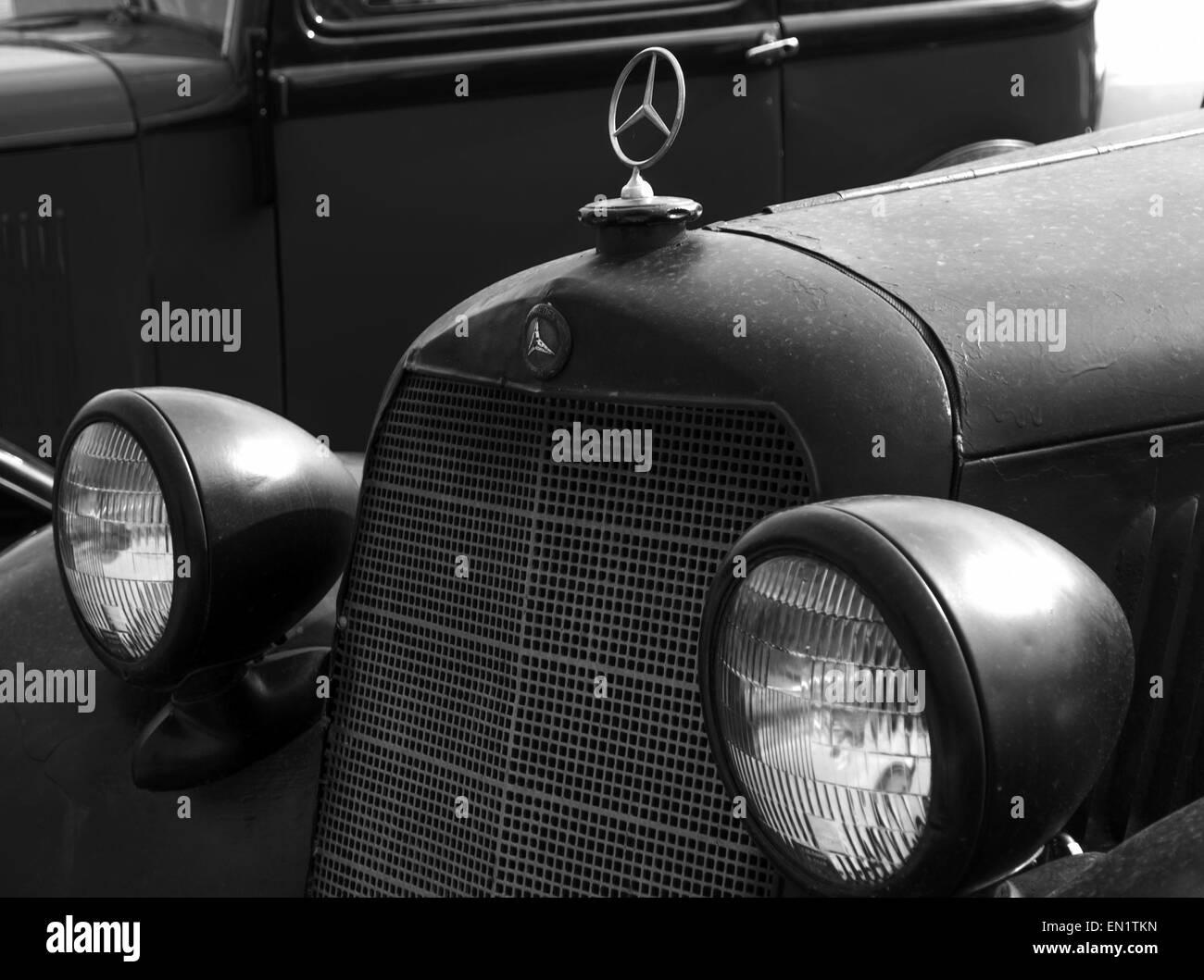 Antique Car In Museum 1937 Stock Photos & Antique Car In Museum 1937 ...
