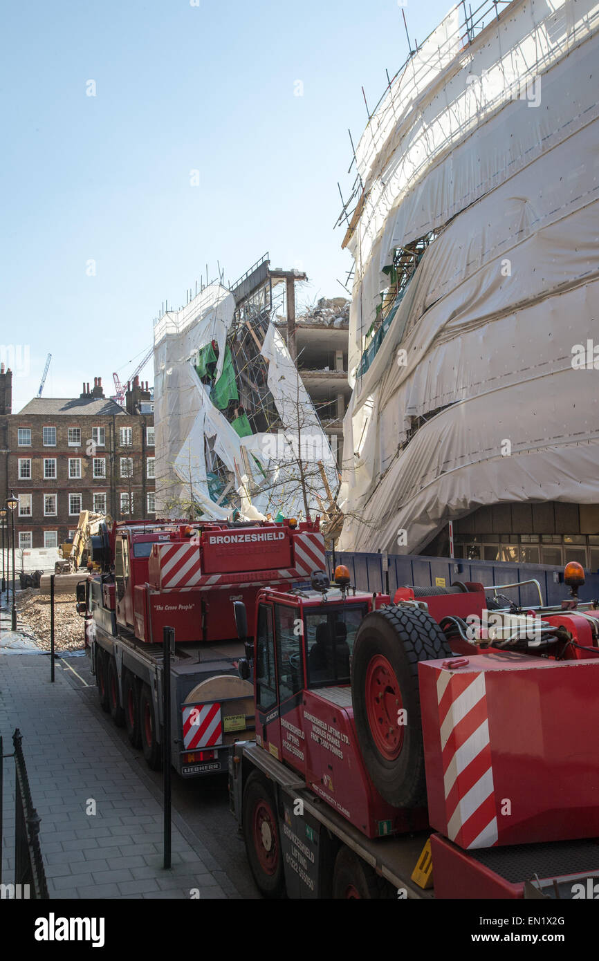 Collapsed building in Holborn where a 56 year old man suffered serious head and hip injuries - Stock Image