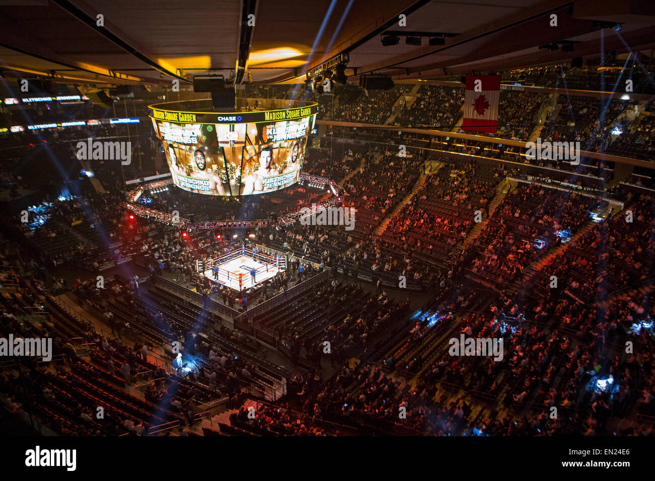 Boxing Match Madison Square Garden Stock Photos & Boxing Match ...