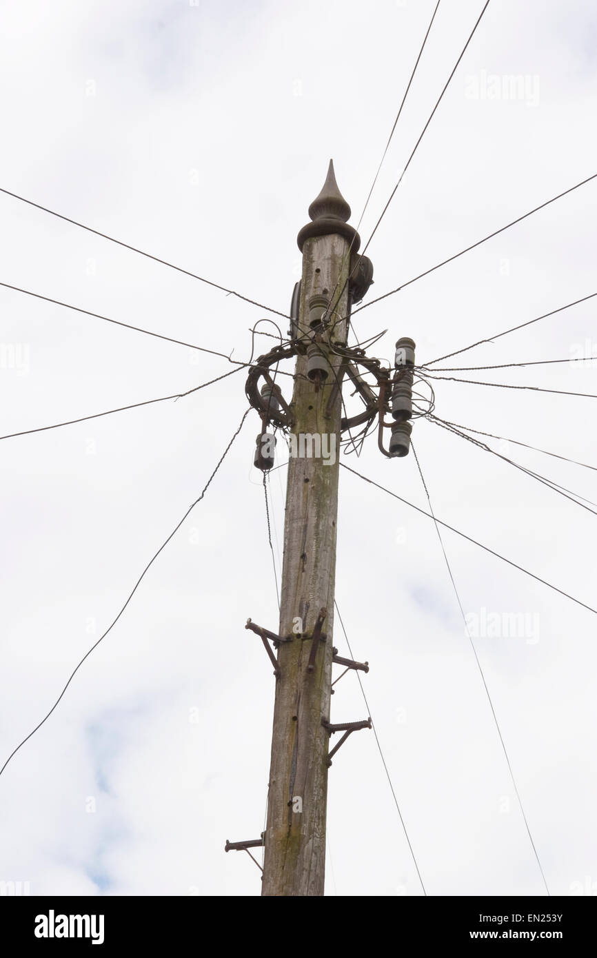 Telephone wires radiating from a pole in Wolseley Road, Bishopston, Bristol - Stock Image