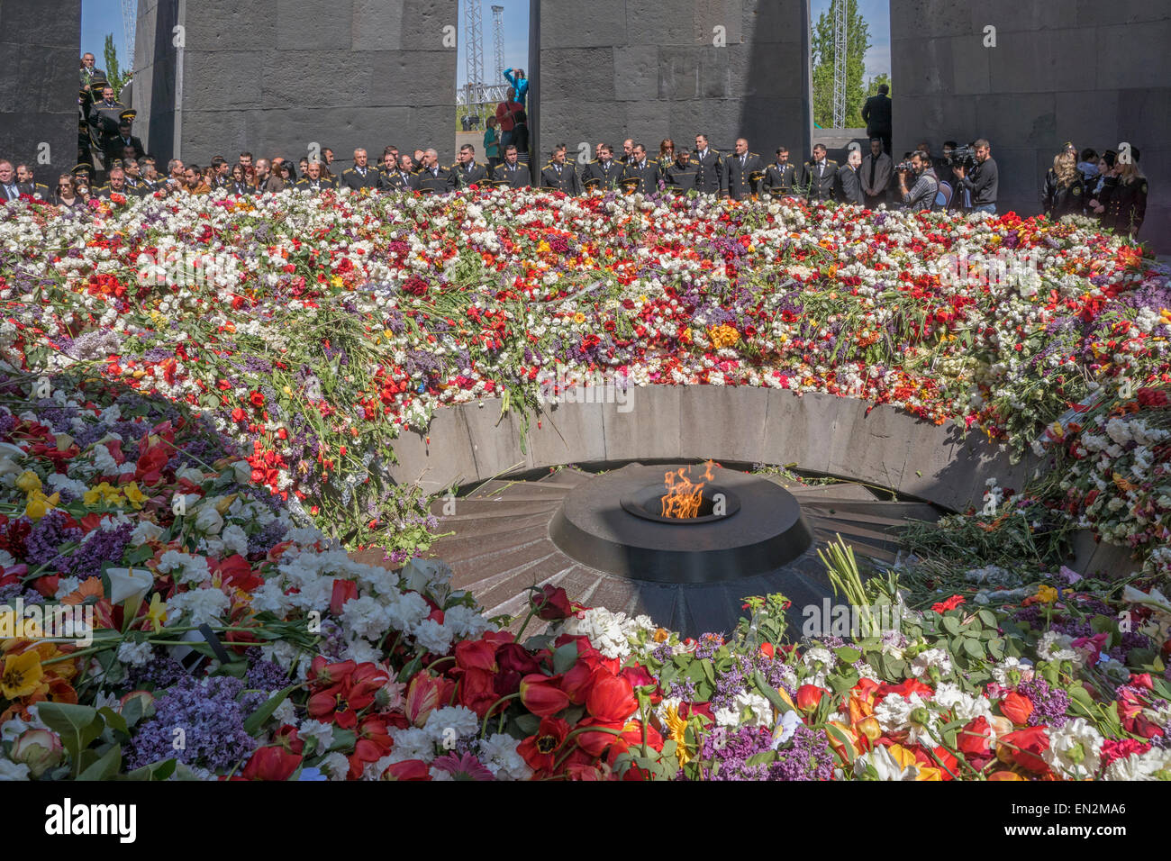 Yerevan, Armenia. 25th Apr, 2015. Armenian military at commemoration at 100th anniversary of the Armenian genocide Stock Photo