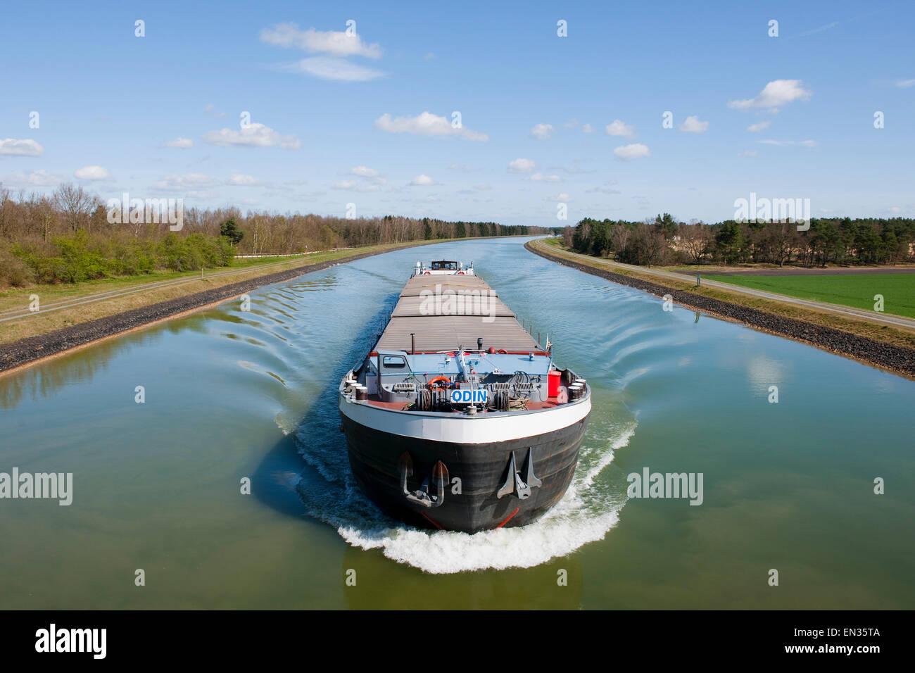 Cargo ship on the federal waterway Elbe Lateral Canal, near Stüde, Lower Saxony, Germany - Stock Image
