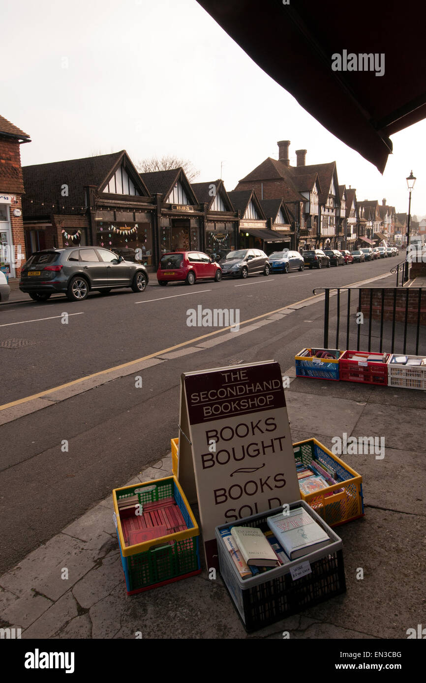 Secondhand books displayed on street outside shop in Oxted, Surrey, England - Stock Image