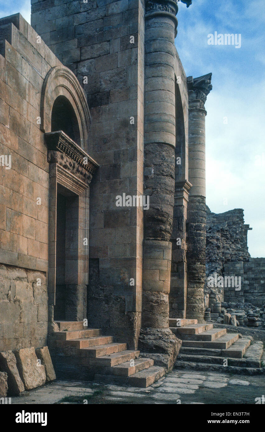 Ancient  second century AD Parthian ruins of Hatra, Iraq, a UNESCO World Heritage site recently destroyed by ISIS - Stock Image