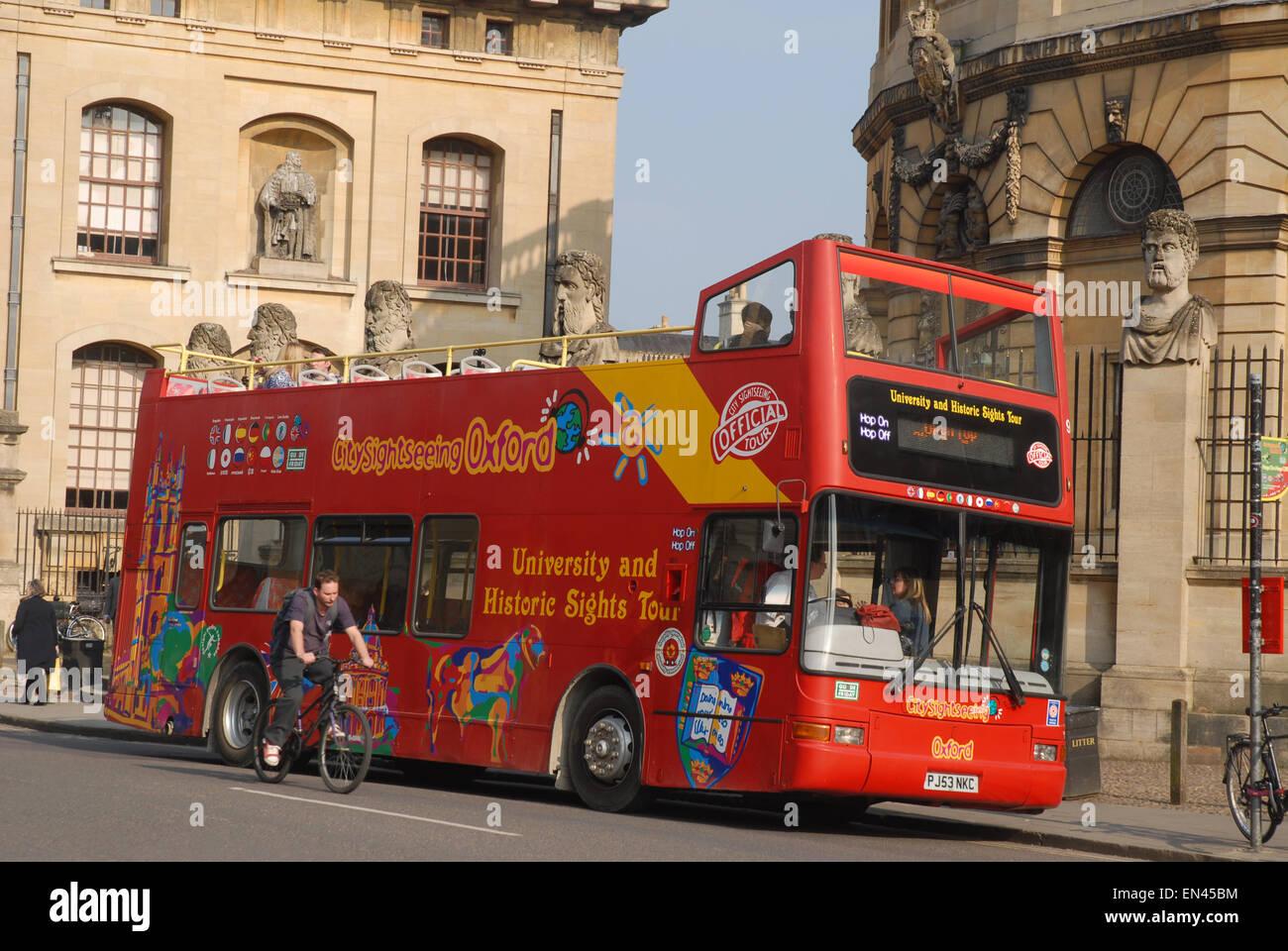 Open topped University & Historic Sights Tour Bus, Oxford, England Stock Photo