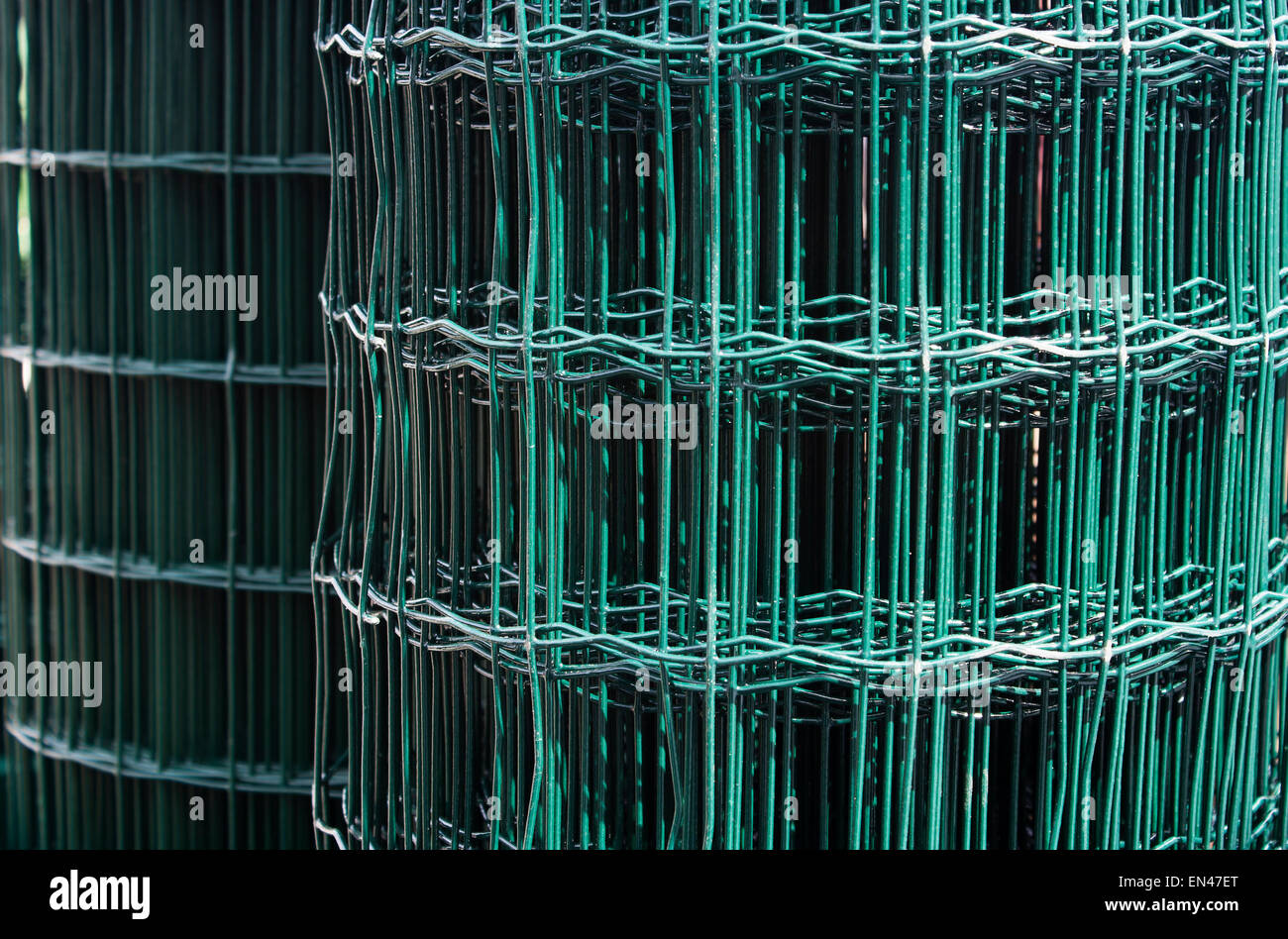 roll of metal wire mesh closeup Stock Photo: 81842960 - Alamy