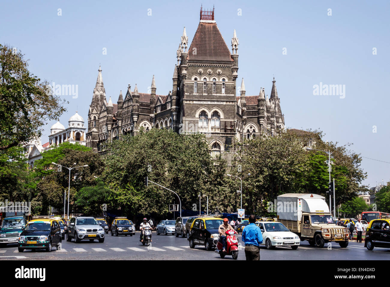 Mumbai India Asian Fort Mumbai Mahatma Gandhi Road Oriental Buildings traffic cars automobiles pedestrian - Stock Image
