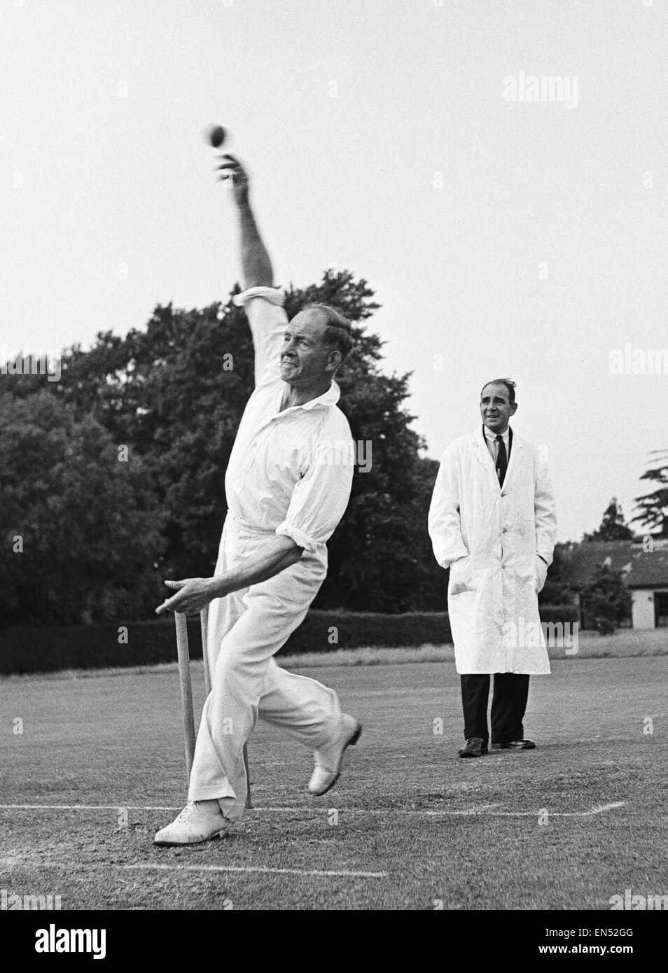 The local cricket team at Meopham one of the oldest teams in Kent seen here in action Circa June 1950 Stock Photo