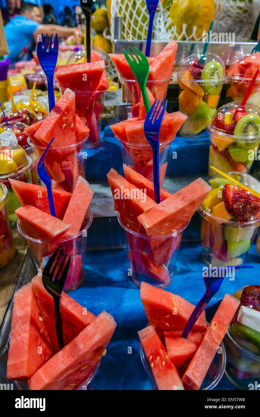 Fresh fruit to go on sale at Boqueria market, Barcelona, Catalonia, Spain - Stock Image