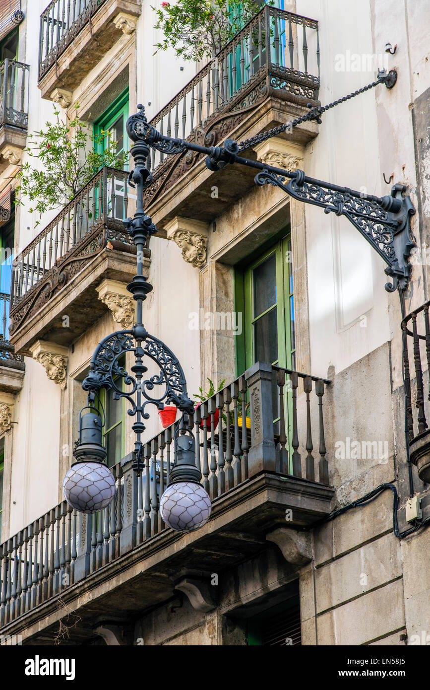Modernist style iron street lamp in Barrio Gotico district , Barcelona, Catalonia, Spain - Stock Image