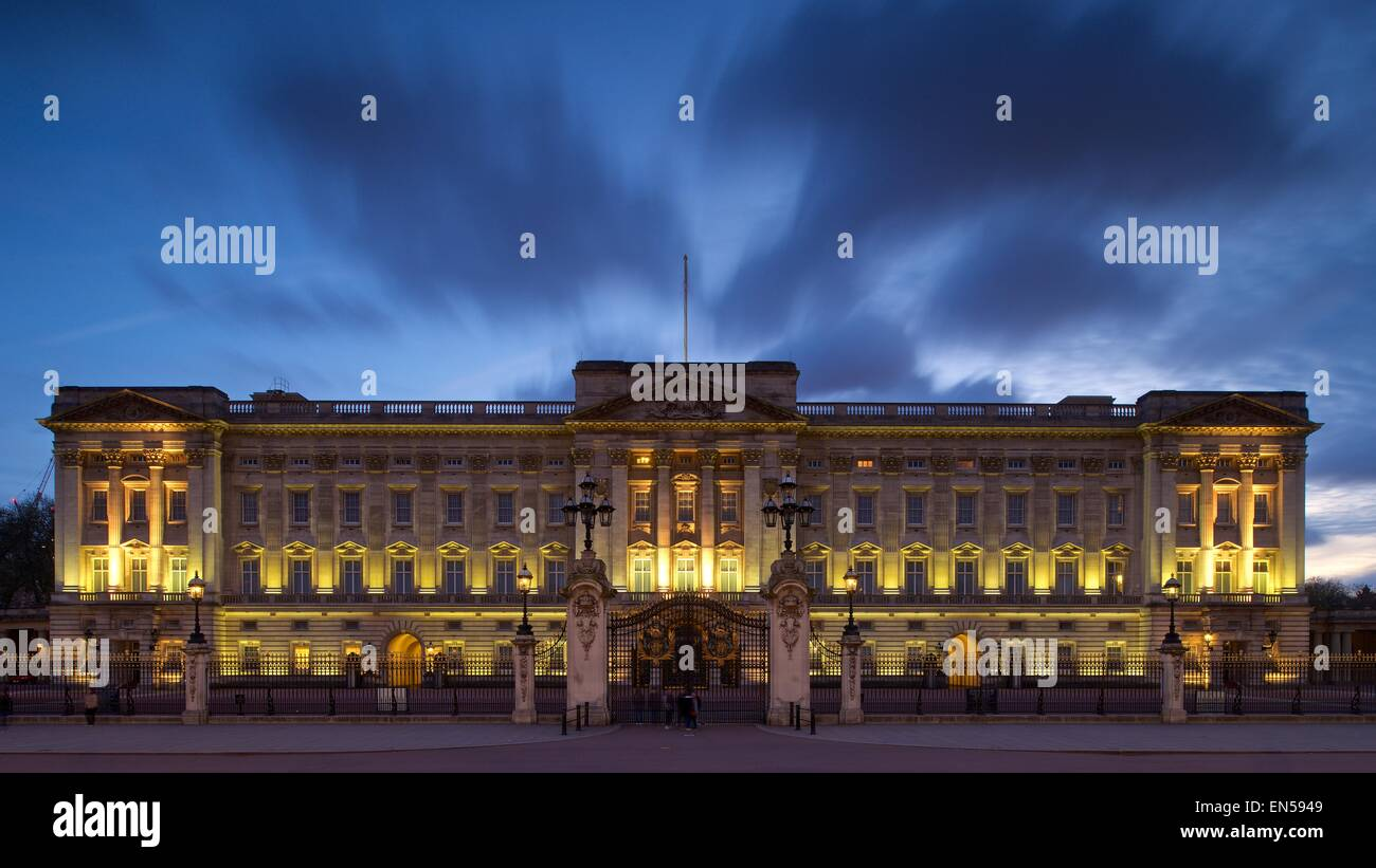 A colour long exposure image taken at Buckingham palace in London whilst it was lit up on a windy day - Stock Image
