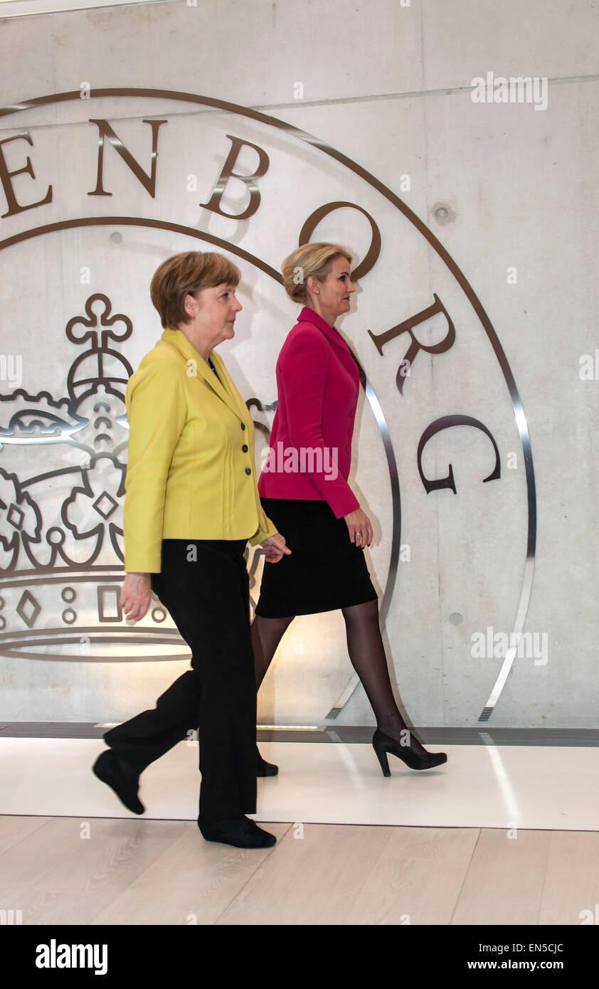 Kongens Lyngby, Denmark, April 28th, 2015. German Chancellor Merkel (L) and Danish PM Thorning-Schmidt leave the - Stock Image