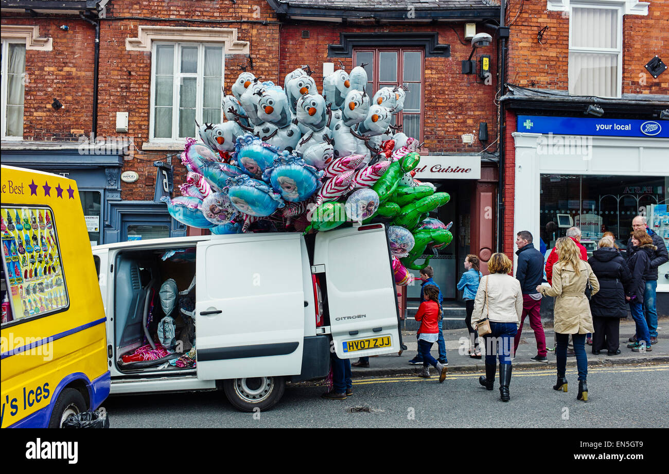Hundreds of balloons at Lymm duck racing event - Stock Image