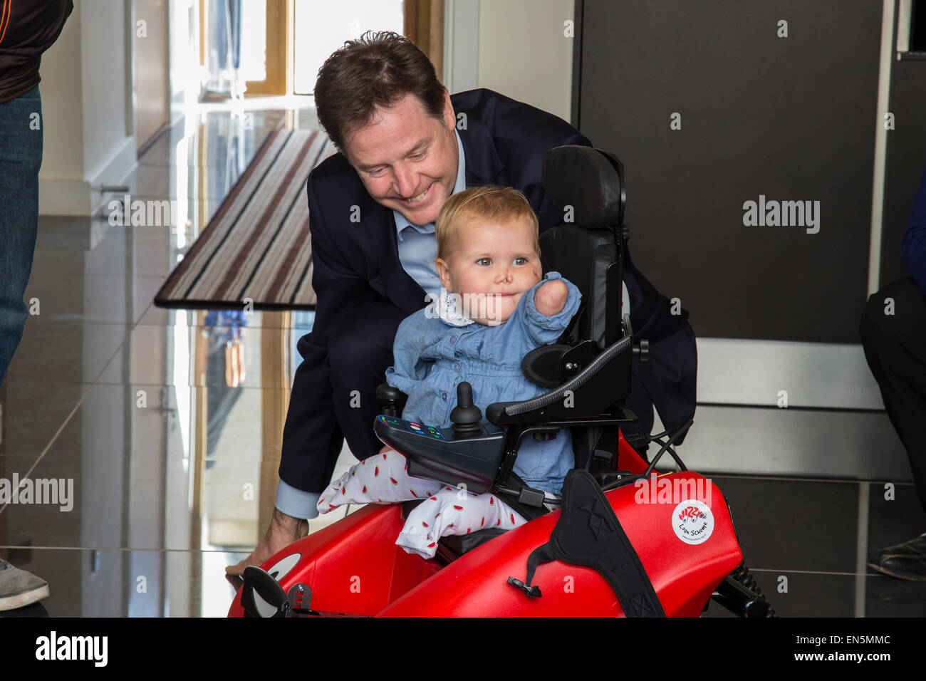 Bath, UK. 28th April, 2015. Nick Clegg visits a new housing development in Bath with local Liberal Democrat candidate - Stock Image