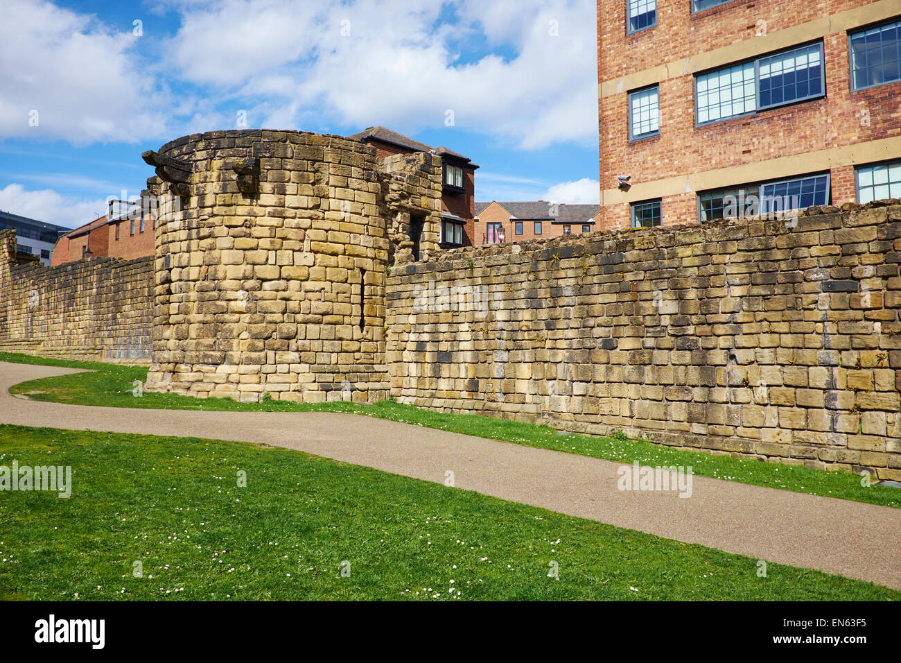 The Durham Tower Built In The Late 13th Century Part Of The Town Walls Newcastle Upon Tyne UK - Stock Image