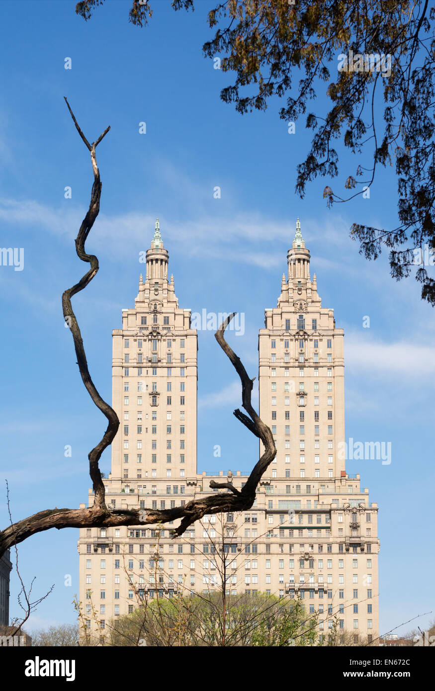 The San Remo building, seen from Central Park, Manhattan, NYC, USA - Stock Image