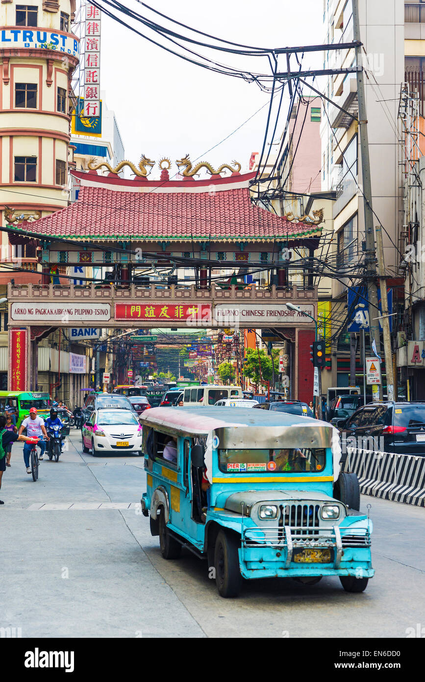 jeepney bus in manila chinatown in philippines - Stock Image