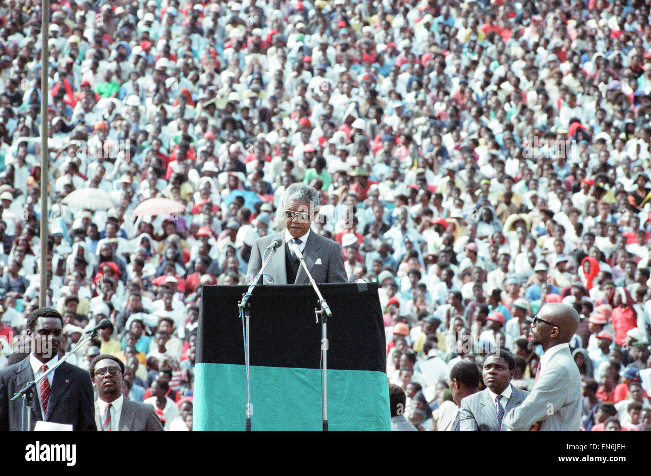 ANC leader Nelson Mandela seen here in Soweto, Johannesburg, addressing a rally held to celebrate his release from - Stock Image
