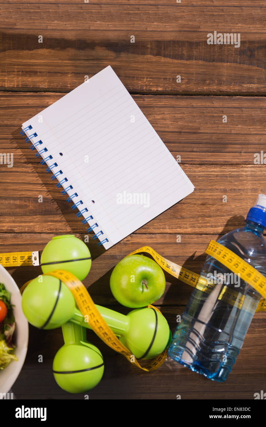 Notepad with indicators of healthy lifestyle - Stock Image