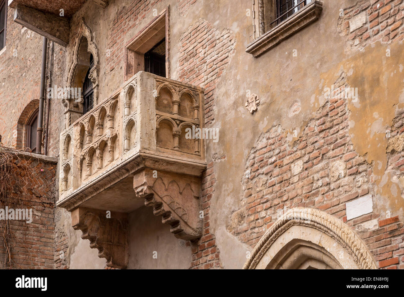 Juliet's balcony, Verona, UNESCO World Heritage Site, Veneto, Italy - Stock Image