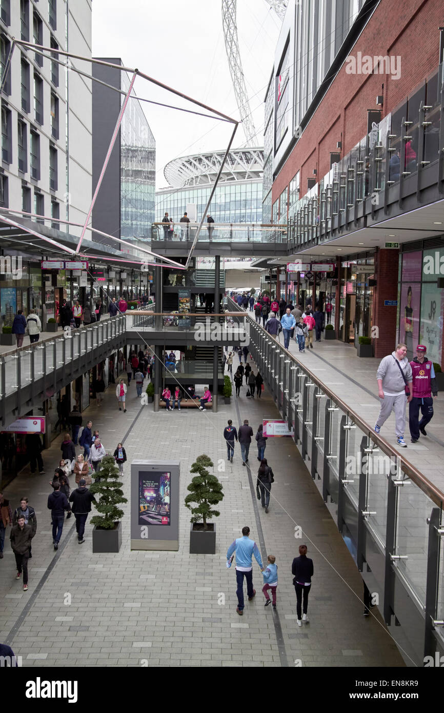 London designer outlet shopping mall centre wembley london for Design outlet